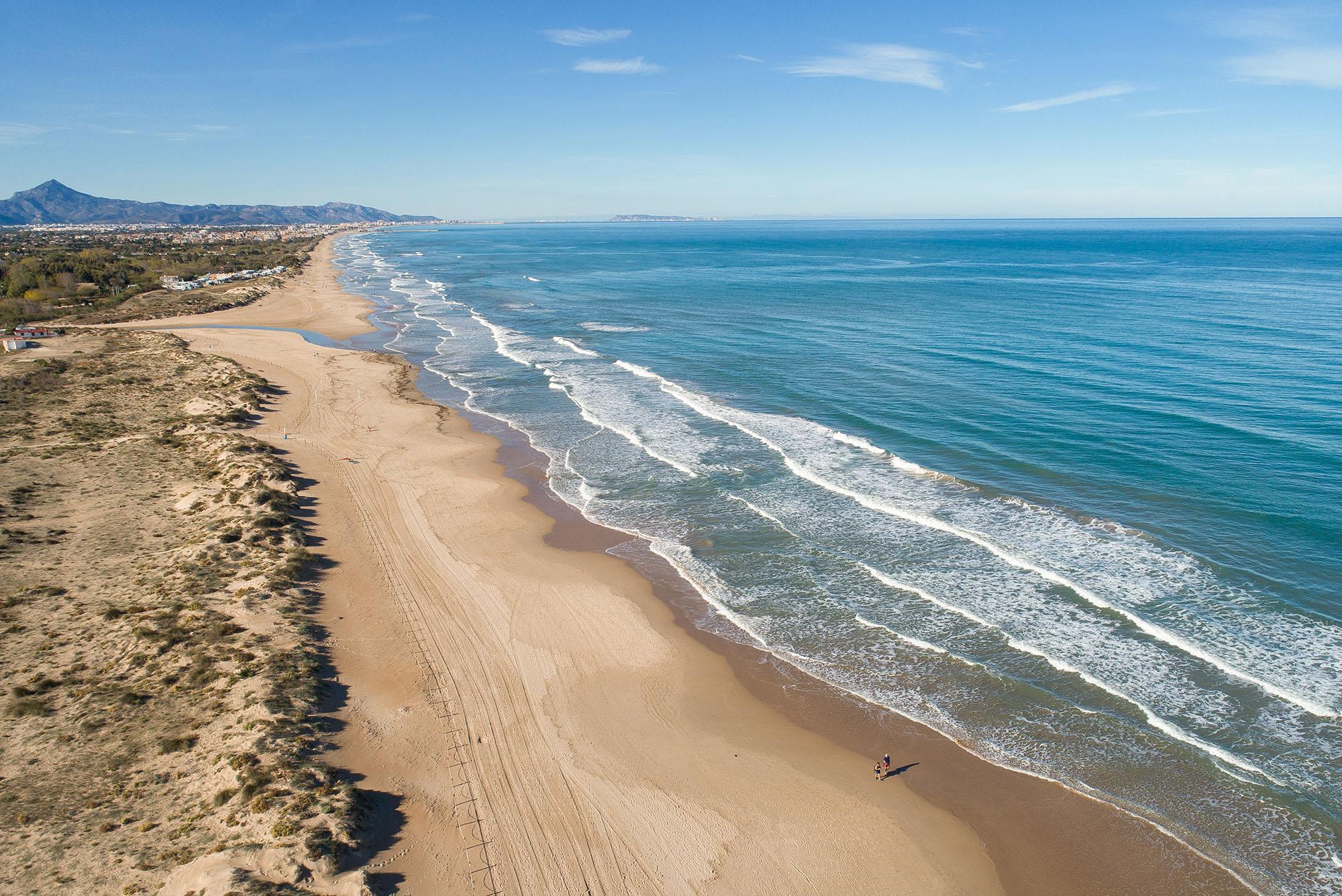 Oliva-Nova-Beach